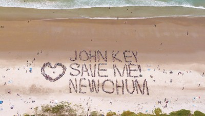 Beach-goers send a message