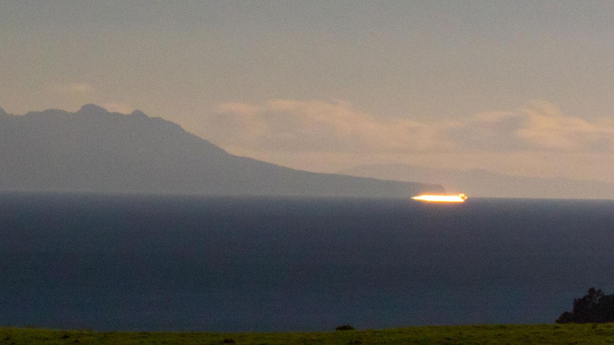 Long exposure of a ship passing between seabird colonies at Tāwharanui Regional Park and Hauturu / Little Barrier Island – Photo by Shaun Lee